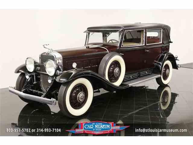 1931 Cadillac V-16 Madam-X Landau Sedan   923835