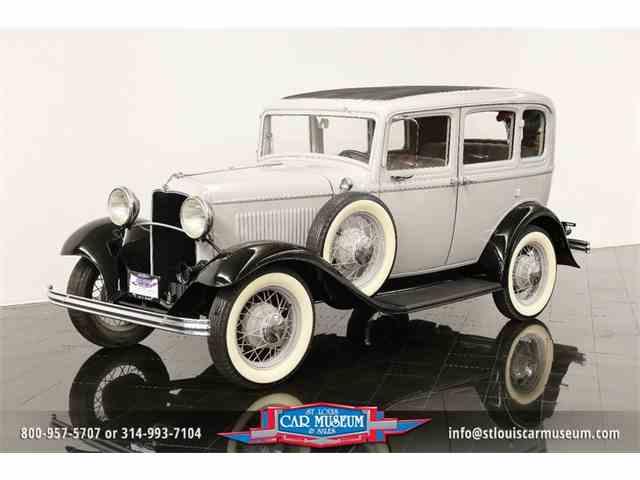 1932 Ford Model B Deluxe 4 Door Sedan | 923839