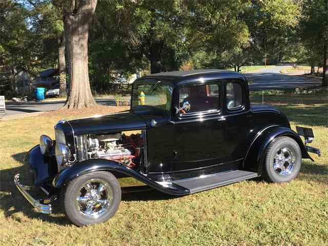 1932 Ford 5-Window Coupe | 924018