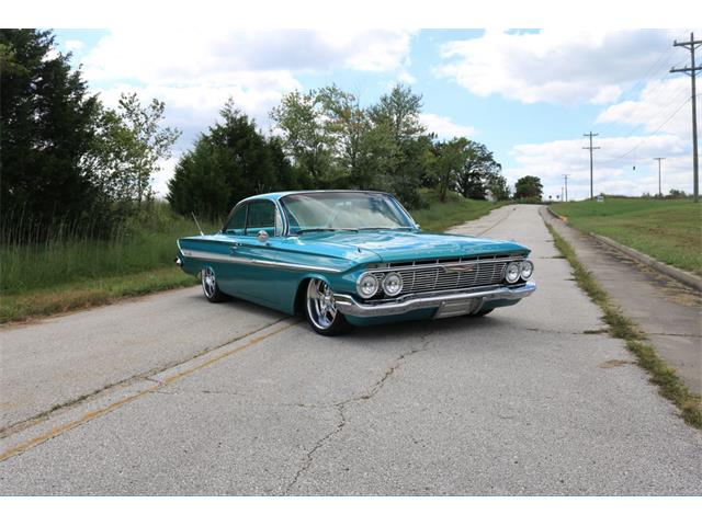 1961 Chevrolet Impala | 924026