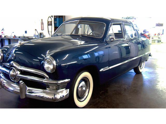 1950 Ford Sedan | 924135