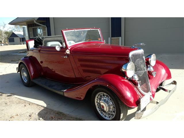 1934 Ford Cabriolet | 924154
