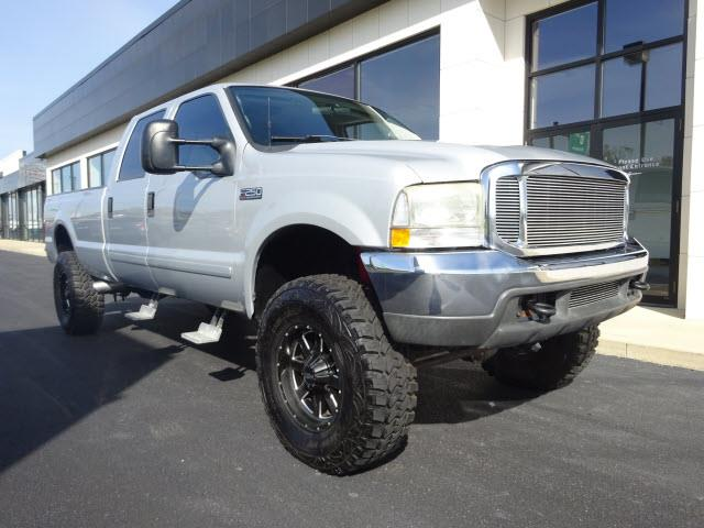 2003 Ford F250 | 924238