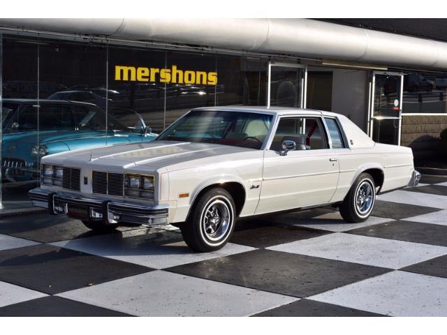 1977 Oldsmobile 88 | 924272