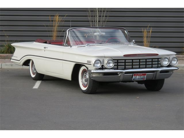1960 Oldsmobile Dynamic 88 | 924357