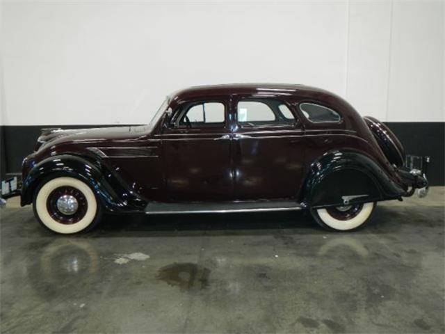 1935 Chrysler Airflow | 924369