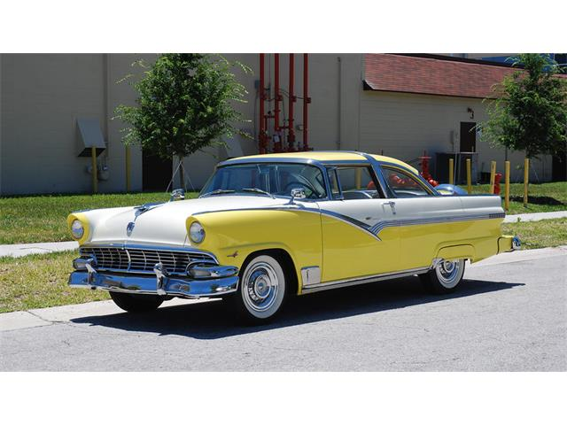 1956 Ford Crown Victoria | 924464