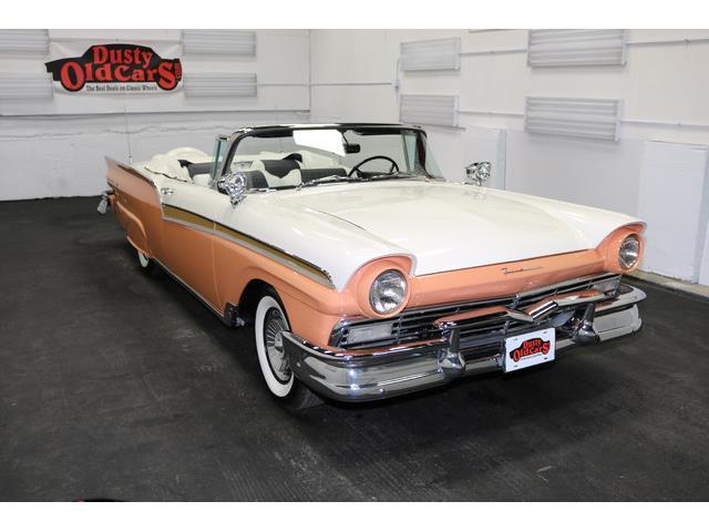 1957 Ford Fairlane | 924583