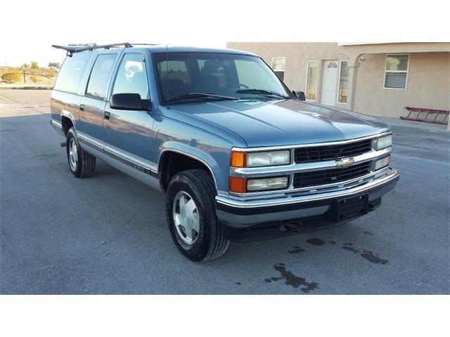 1996 Chevrolet Suburban | 924635