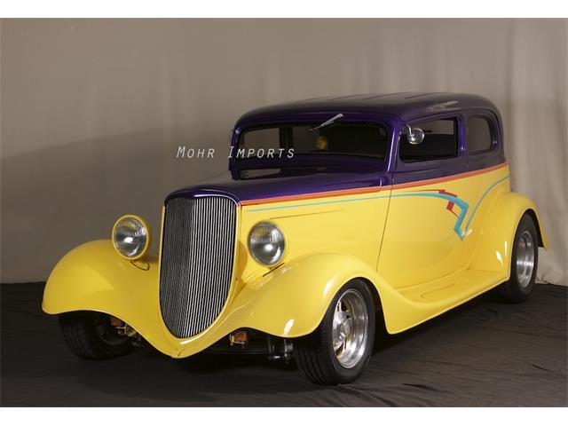 1933 Ford Victoria | 924699