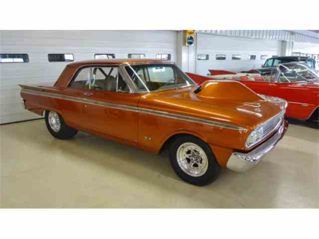 1963 Ford Fairlane 500 | 924831