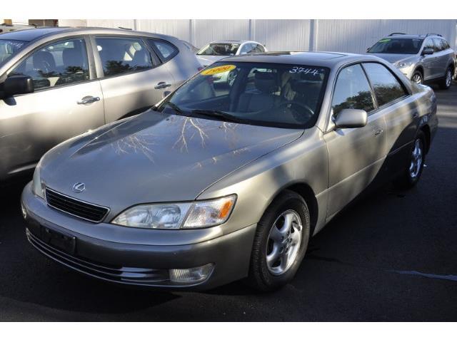 1999 Lexus ES300 | 924842