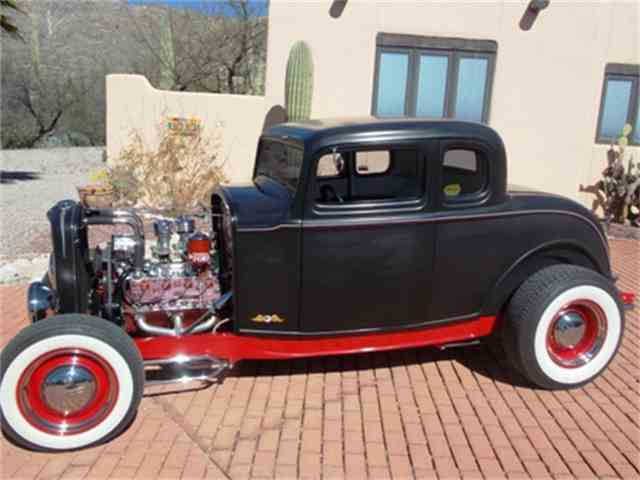 1932 Ford 5-Window Coupe | 924960