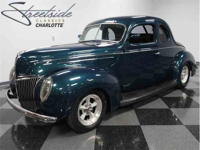 1939 Ford Deluxe | 925068