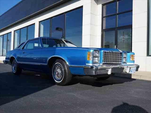 1977 Ford LTD | 925233