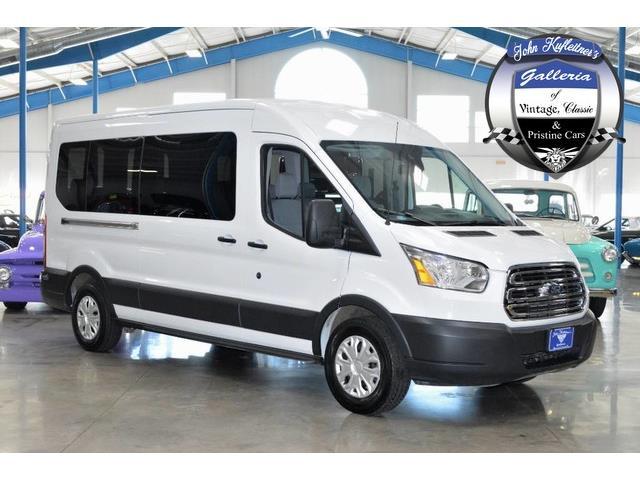 2016 Ford Transit Wagon | 925240