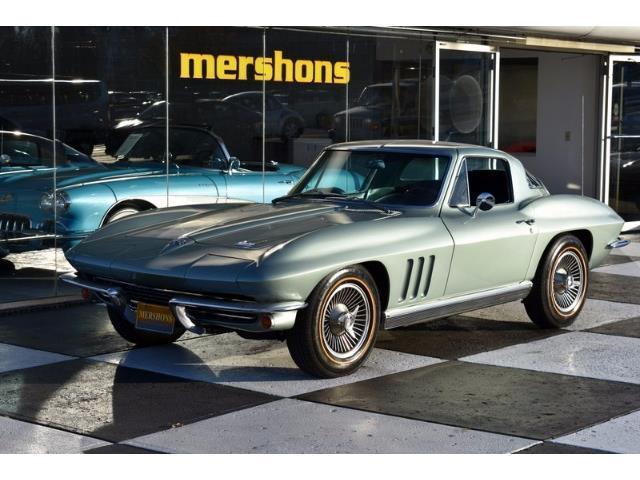 1966 Chevrolet Corvette | 925252