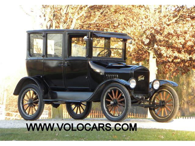 1924 Ford Model T 4 Dr Sedan | 925261