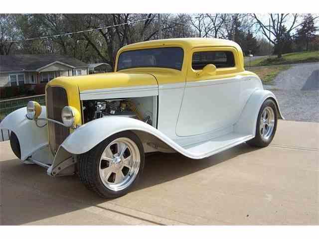 1932 Ford Tudor | 925290
