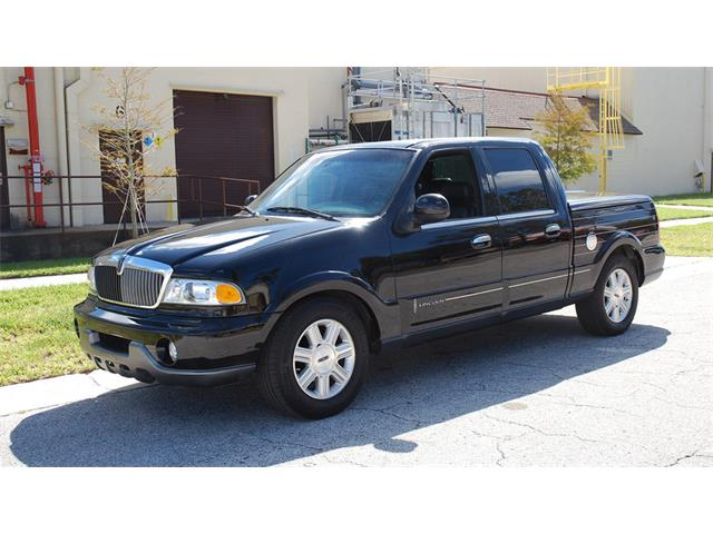 2002 Lincoln Blackwood Pickup | 925351
