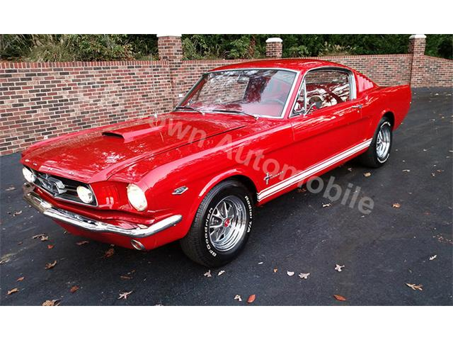 1965 Ford Mustang   925489