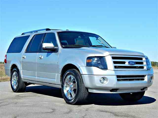 2010 Ford Expedition | 925532