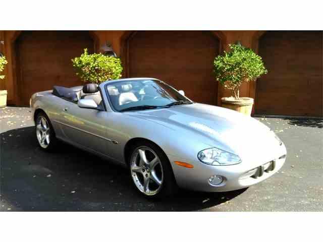 2001 Jaguar XKR | 925562