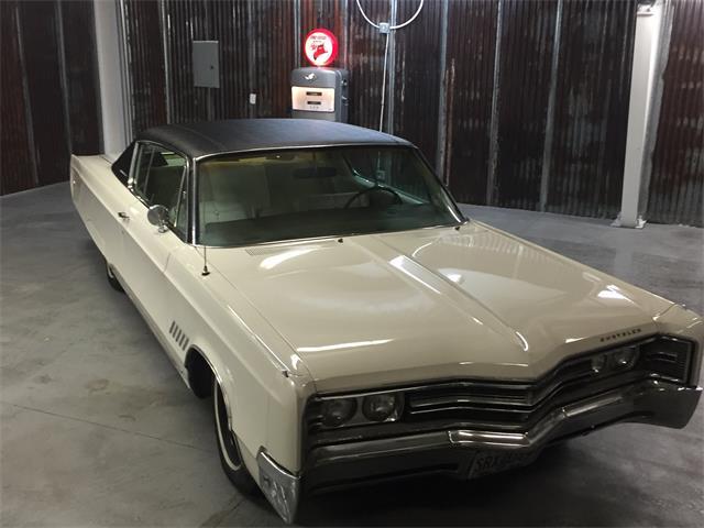 1968 Chrysler 300 | 925576