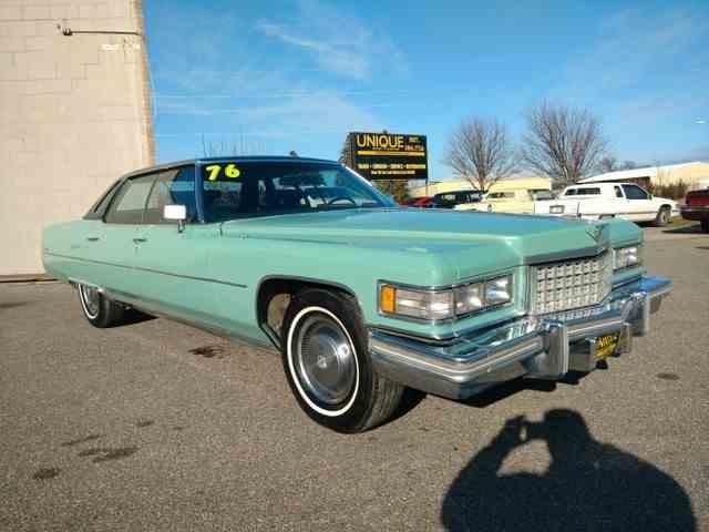 1976 Cadillac Sedan DeVille | 925637