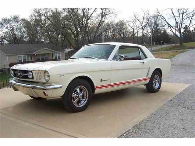 1965 Ford Mustang | 925671