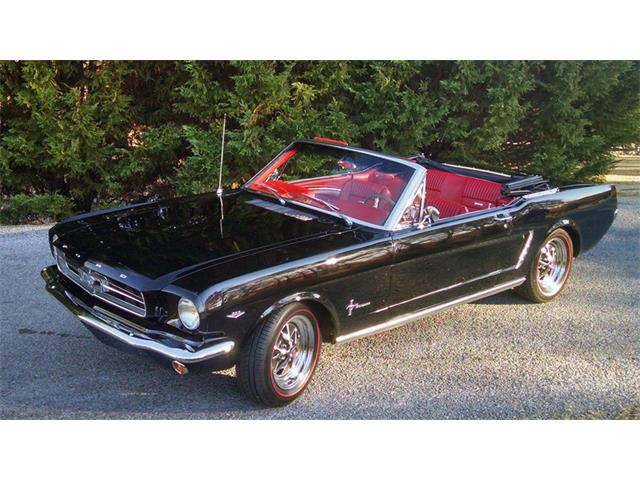 1965 Ford Mustang | 925700
