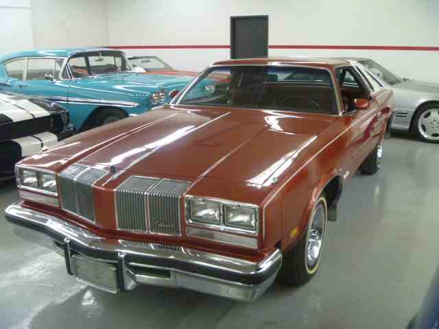 1976 Oldsmobile Cutlass Supreme | 920575
