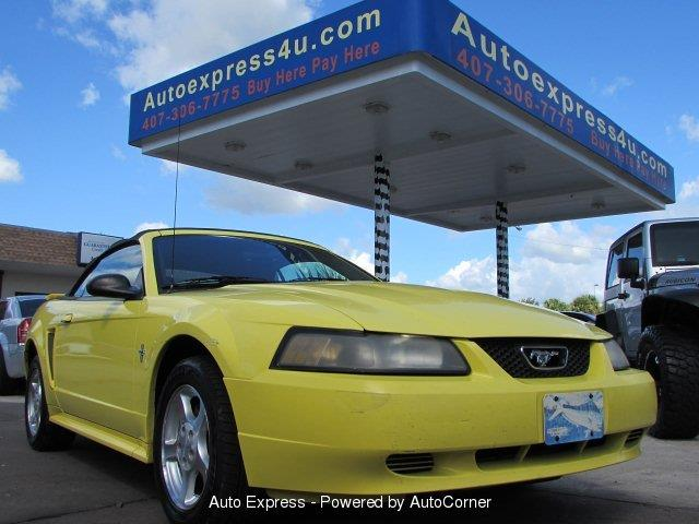 2003 Ford Mustang | 925812