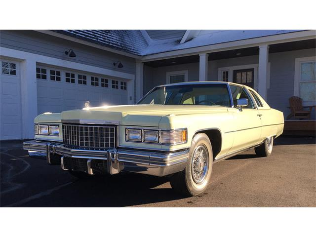 1976 Cadillac Coupe DeVille | 925866