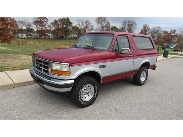 1996 Ford Bronco | 925881