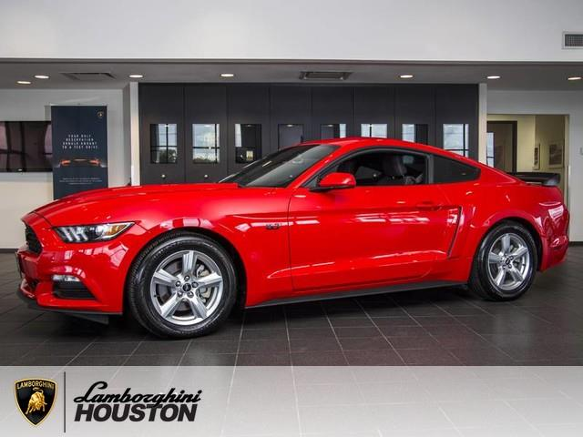 2015 Ford Mustang | 926089