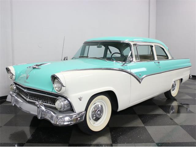 1955 Ford Fairlane | 926095