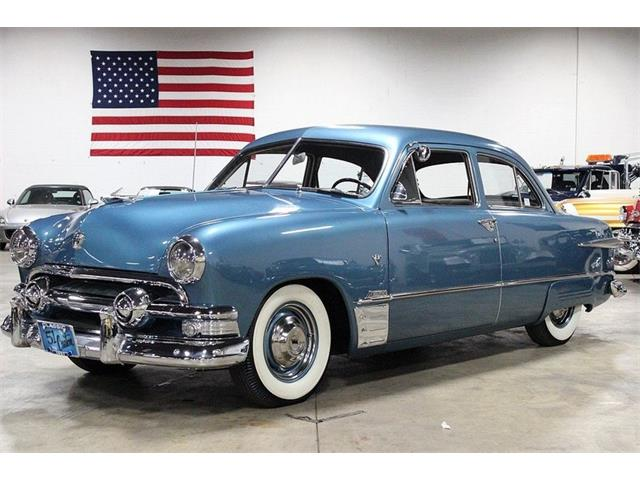 1951 Ford Deluxe | 926104