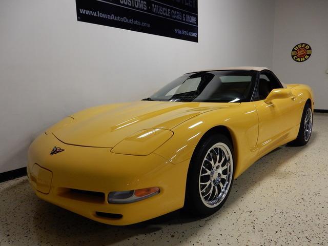 2004 Chevrolet Corvette | 926135