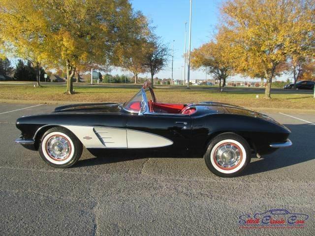 1961 Chevrolet Corvette | 926140