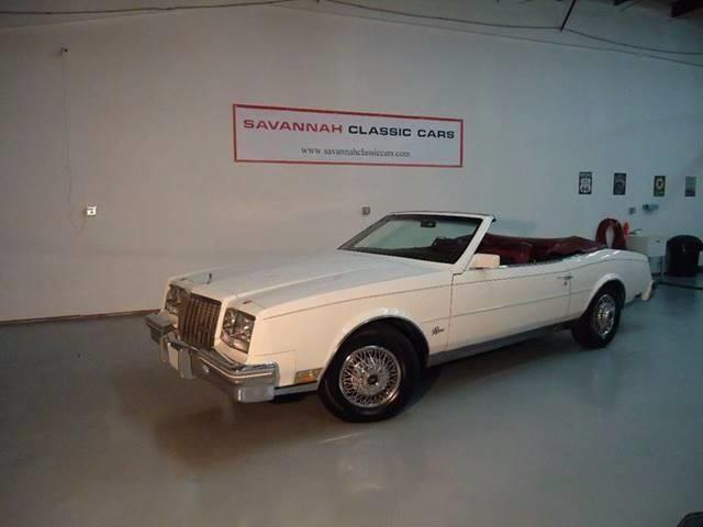 1982 Buick Riviera   926205
