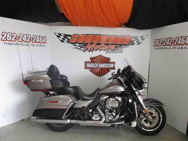 2016 Harley-Davidson® FLHTKL - Ultra Limited Low | 926330