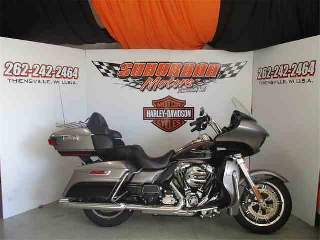 2016 Harley-Davidson® FLTRU - Road Glide® Ultra | 926332