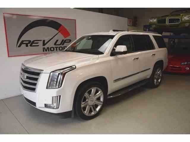 2016 Cadillac Escalade | 926341