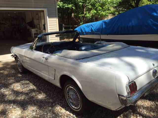 1965 Ford Mustang   926374