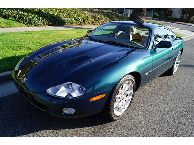 classic jaguar xkr for sale on 16 available. Black Bedroom Furniture Sets. Home Design Ideas