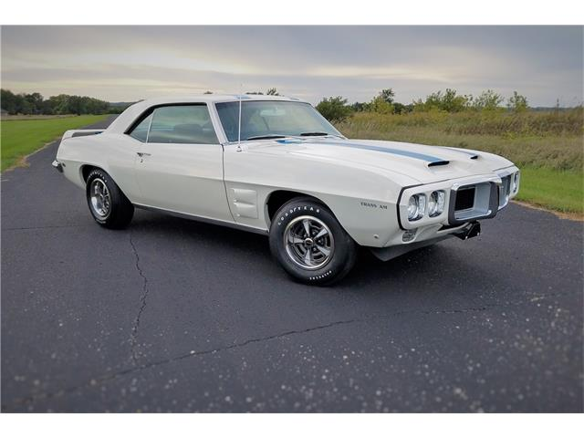 1969 Pontiac Firebird Trans Am | 926615