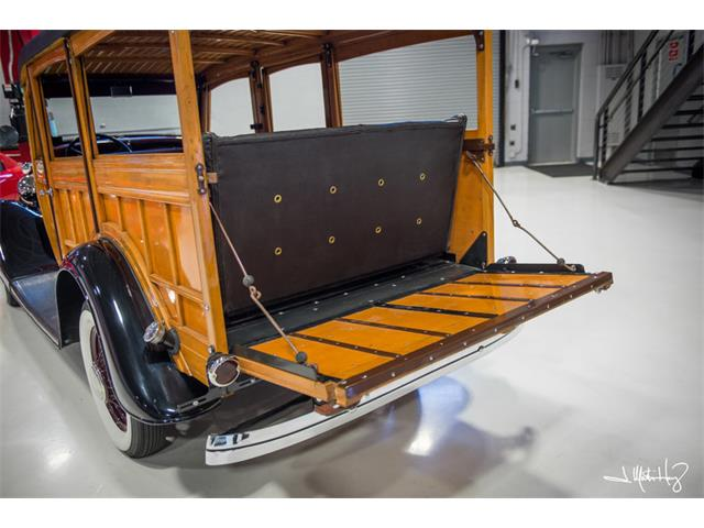 1934 Ford Woody Wagon | 926635
