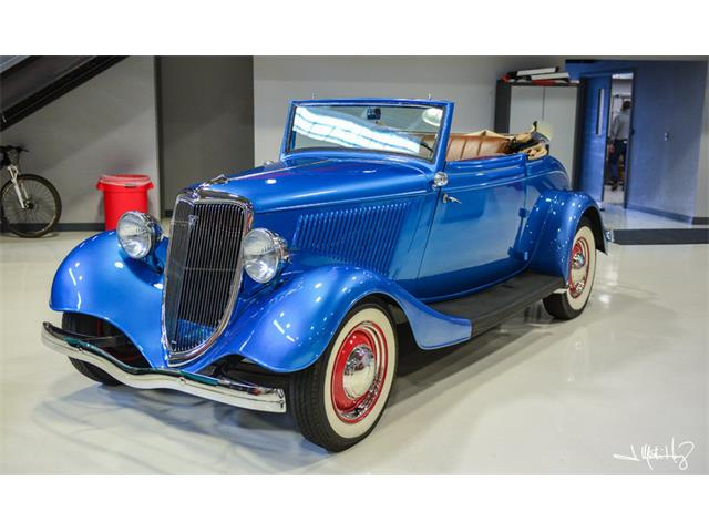 1934 Ford Cabriolet | 926641