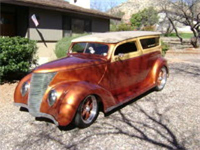 1937 Ford Woody Wagon | 926799